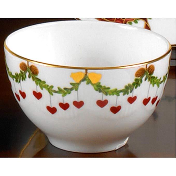 Star Fluted Christmas Chocolate Bowl